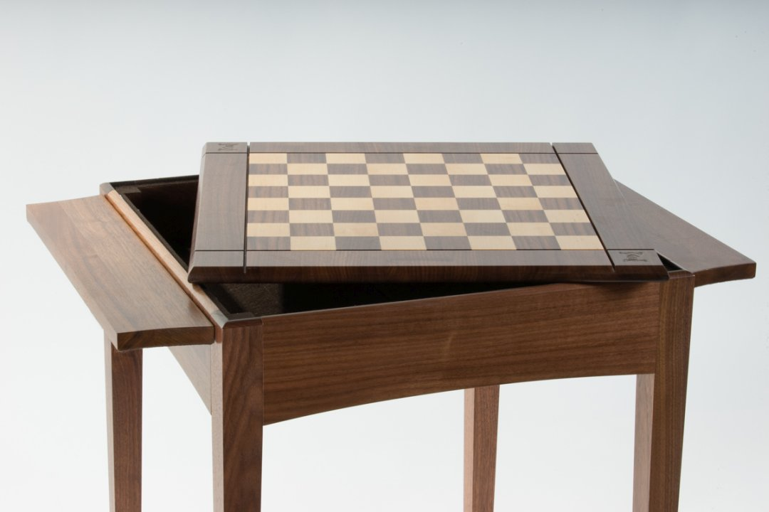 The chessboard shown removed from the chess table